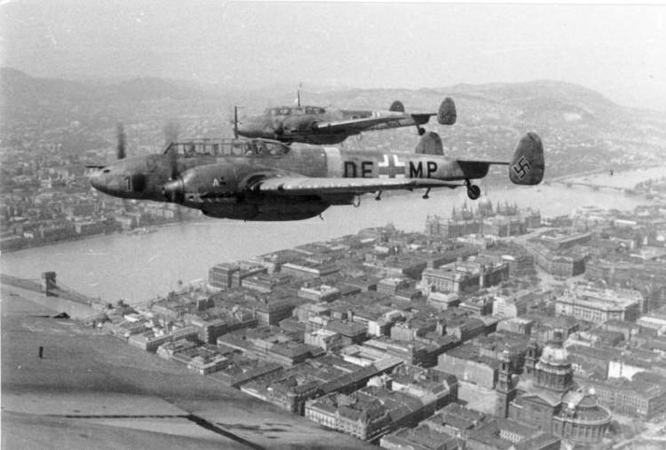 Messerschmitt bf 110 over Budapest