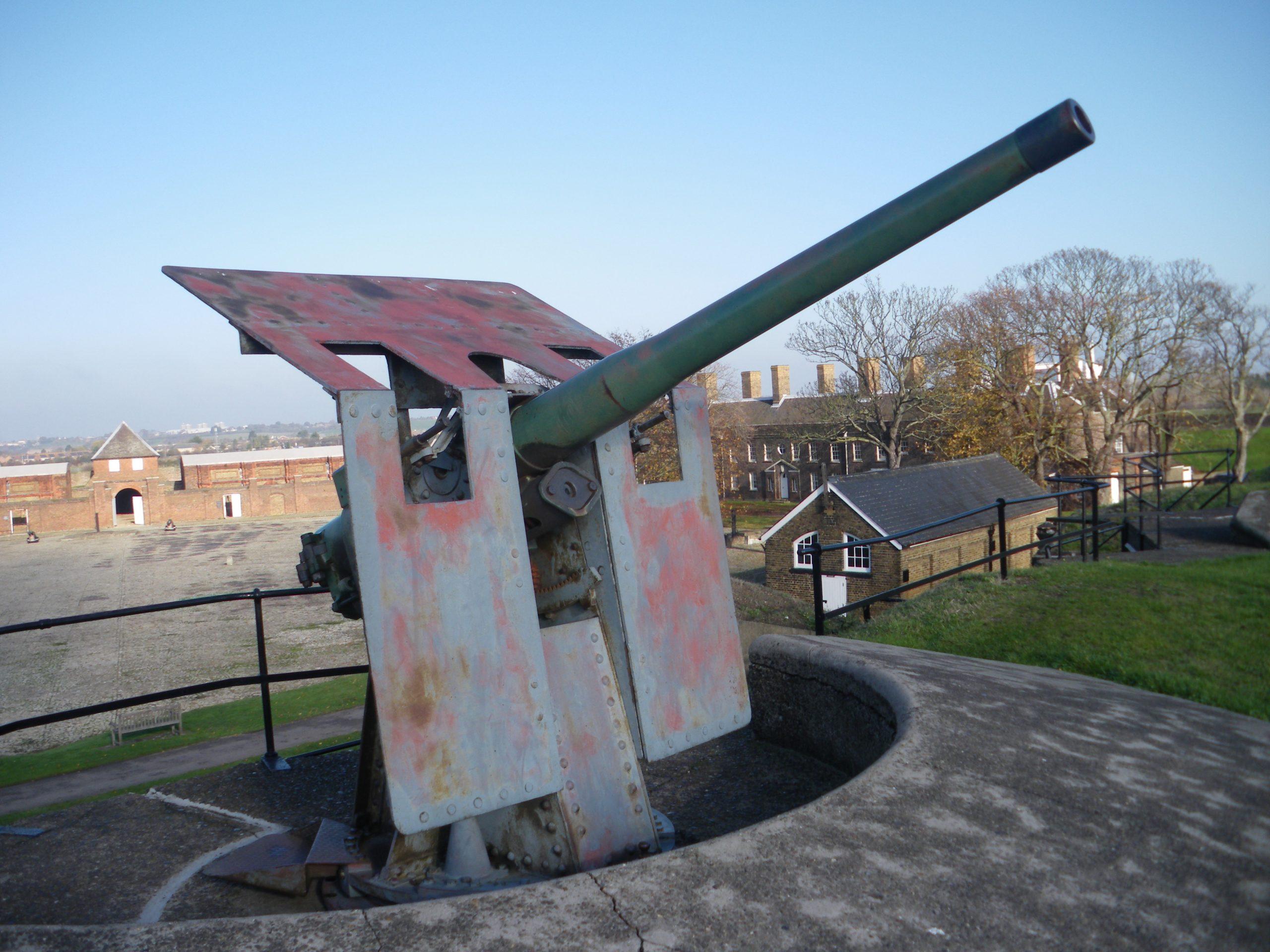 Naval gun Blitz