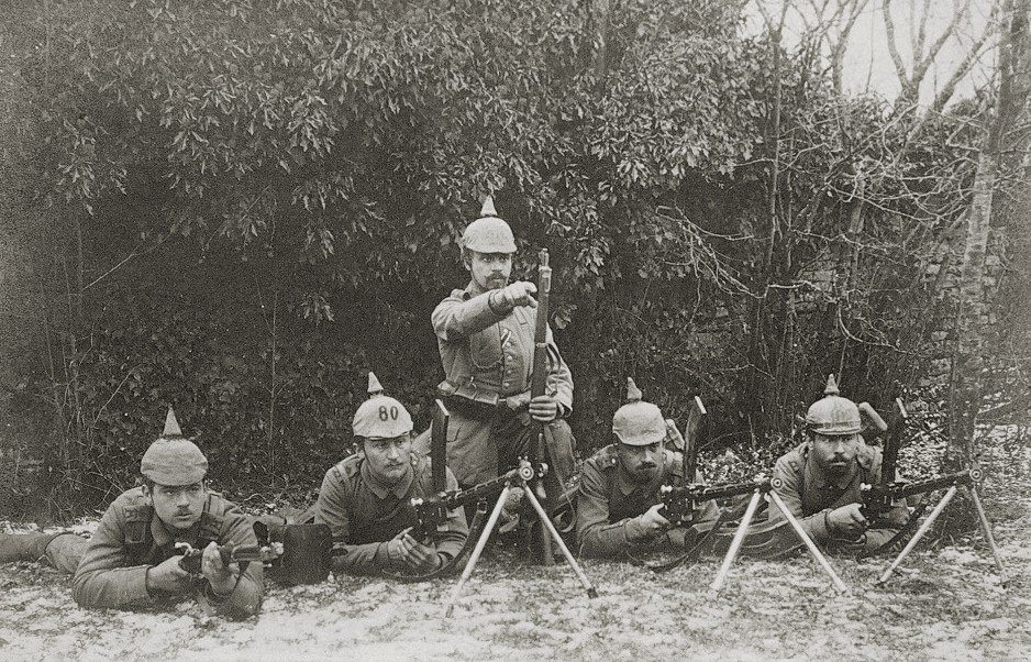 A German Madsen section poses with their Madsen Light Machine guns c.1914