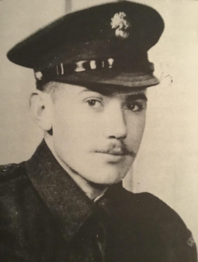 Guardsman Les Drinkwater. Image source: Dilip Sarkar Archive.