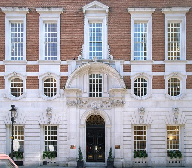 The Country Life Offices in Tavistock Square, designed in 1905. Image source: Steve Cadman / CC BY-SA 2.0.