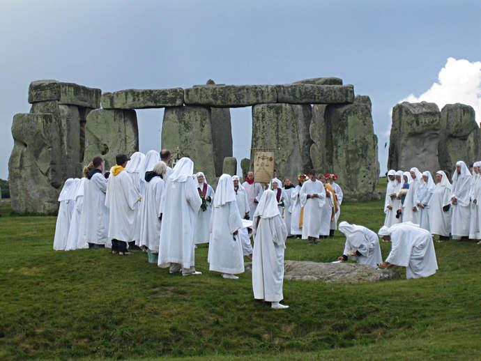 Modern druids at Stonehenge