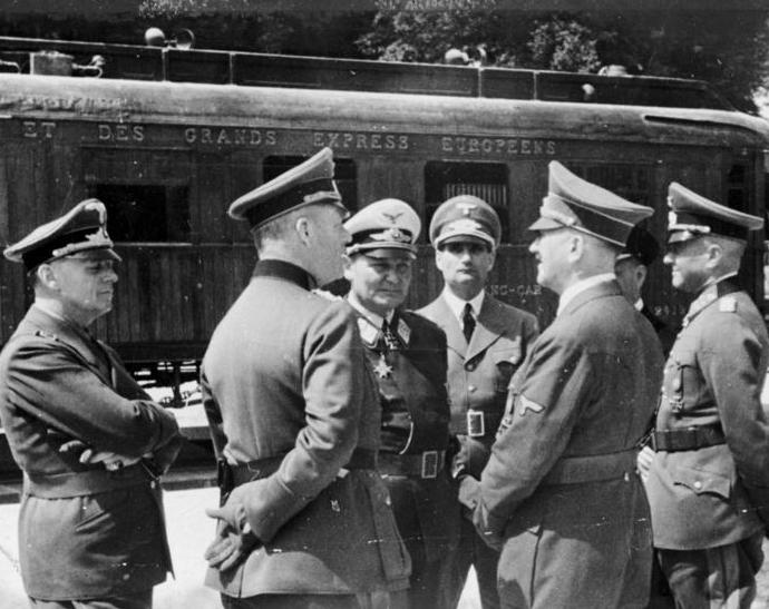 Armistice_Compiègne_Hitler_Göring_June_1940