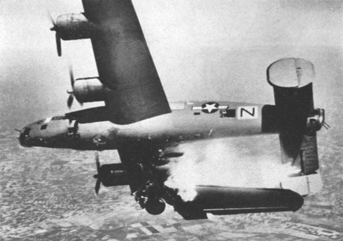 B-24_hit_by_Flak_Lugo_April_1945