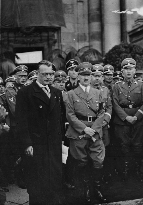 Adolf Hitler and Heydrich