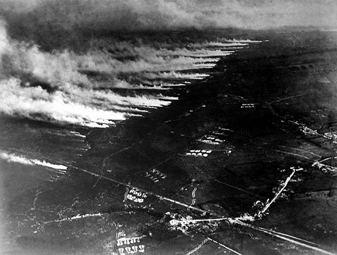 Flanders_WWI_gas_attack