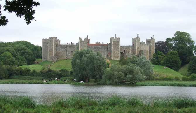 Framlingham_Castle_-_geograph.org.uk_-_947527