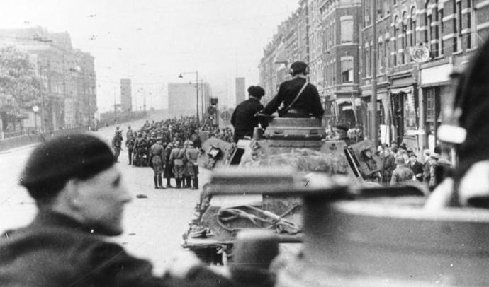 German_Troops_Rotterdam_May_1940