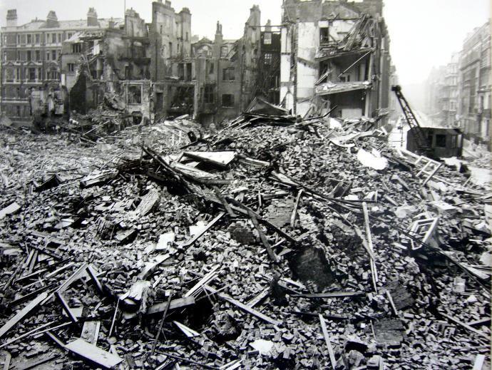 Hallam_Street_Blitz_Bomb_Damage_1940