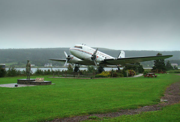 Memorial to Amelia Earhart.