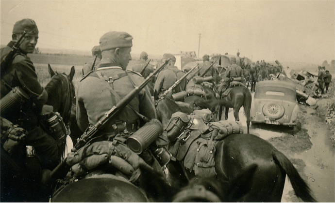 Op_Barbarossa Supply_Horses_July_1941