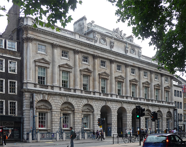 Somerset House on The Strand is where the Courtauld Institute is based. Image source: Stephen Richards / CC BY-SA 2.0.