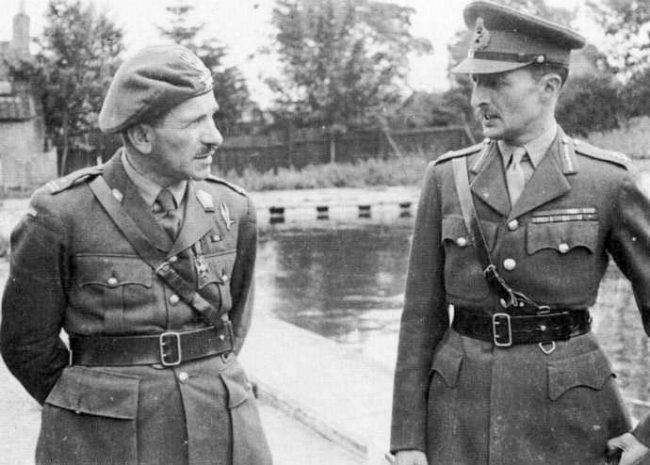 General Sosabowski (left) with General Browning.