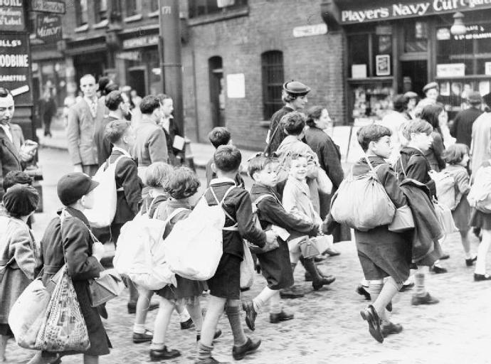 The_Civilian_Evacuation_Scheme_in_Britain_during_the_Second_World_War_HU36238