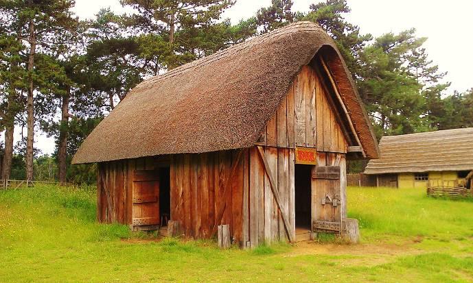 anglo-saxon dwelling