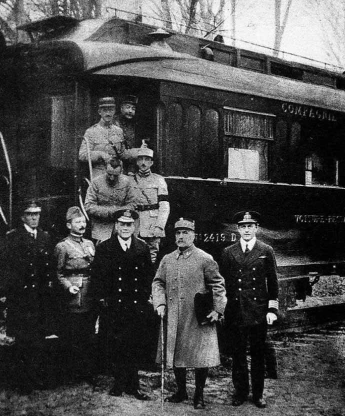 compeigne-armistice-carriage