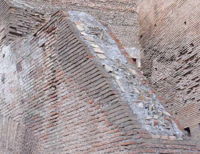 roman-concrete-wall