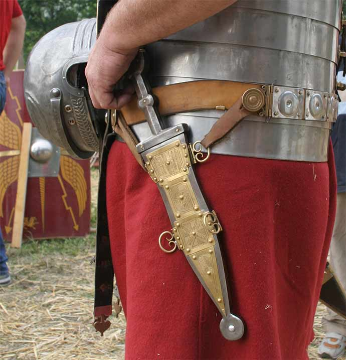 A pugio in its scabbard.