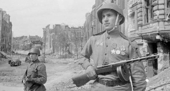 russian_soldiers_world_war_two-ppsh
