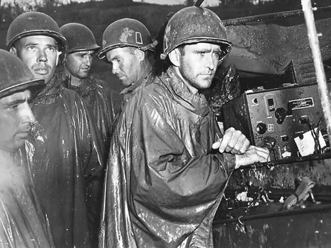 us-troops-okinawa-ve-day