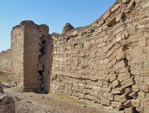 wall-undermined-siege