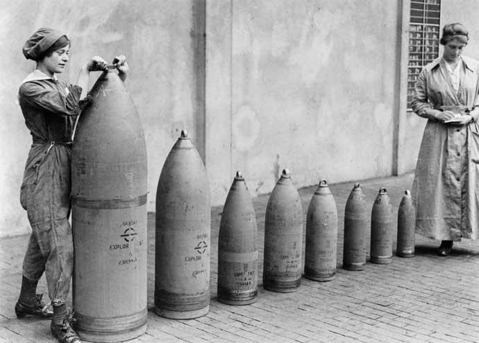 women-munitions-world-war-one
